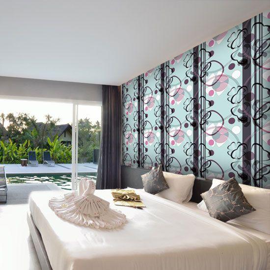 Śliczna fototapeta z dekoracyjnym wzorem w świeżych barwach - idealna ozdoba sypialni.
