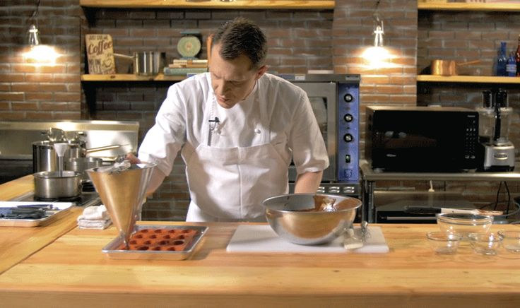 Chef Laiskonis teaches how to make Mango Pearls