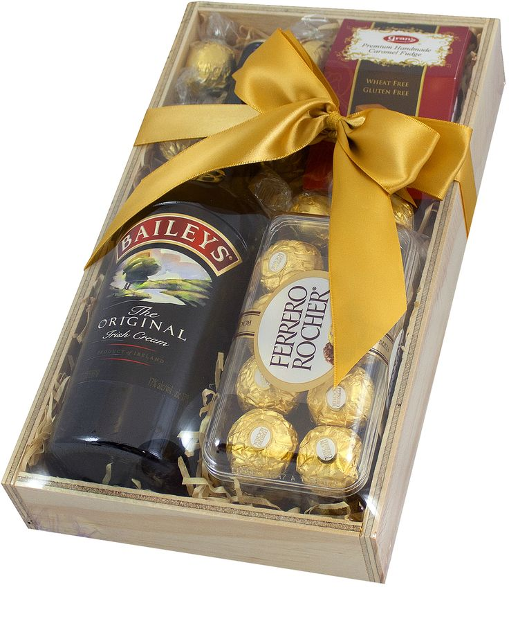 Who doesn't like to receive a Christmas hamper, complete with little indulgences.