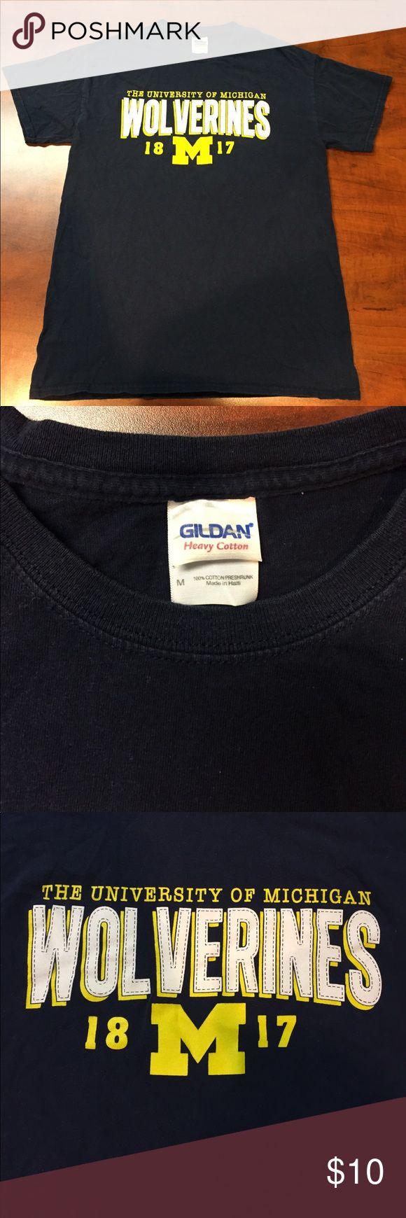 Black t shirts hollister - Wolverines T Shirt