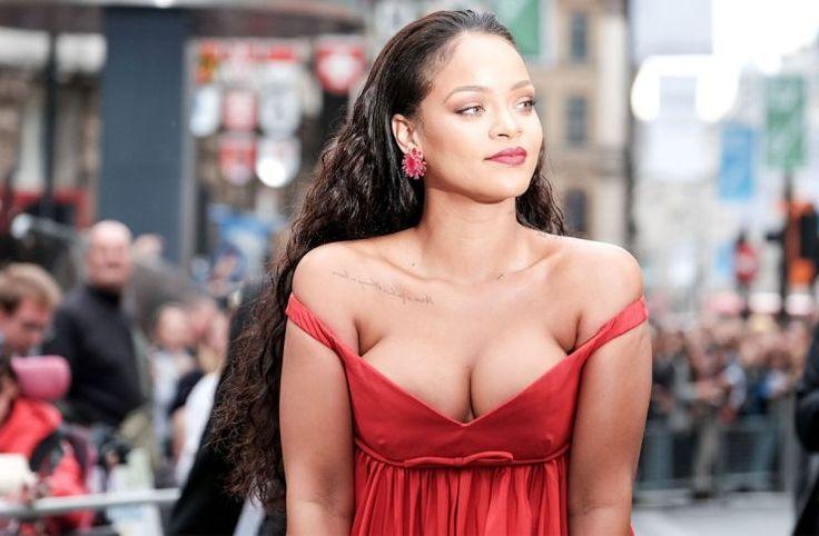 Rihanna desearía viajar en el tiempo para cambiar su primera vez