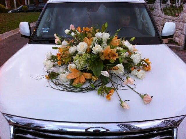 7 best images about ramos de flores para autos o coches de for Adornos para bodas con plantas