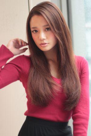 大人かわいいストレート | AFLOAT JAPANのヘアスタイル - アフロートジャパン 【銀座の美容室】 | 関東・銀座の美容室 | Rasysa(らしさ)