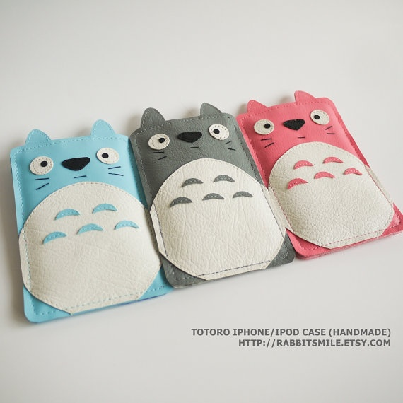 Totoro Iphone Case. Too cute!