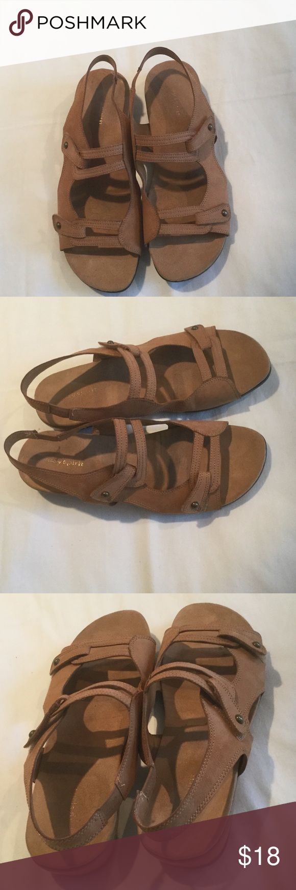 Easy Spirit Sandals Used but in good condition size 10M (ran wide) leather upper Sandals. Very soft and comfortable. From smoke free home. Offers welcome Easy Spirit Shoes