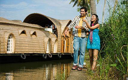 luxury honeymoon packages in kerala