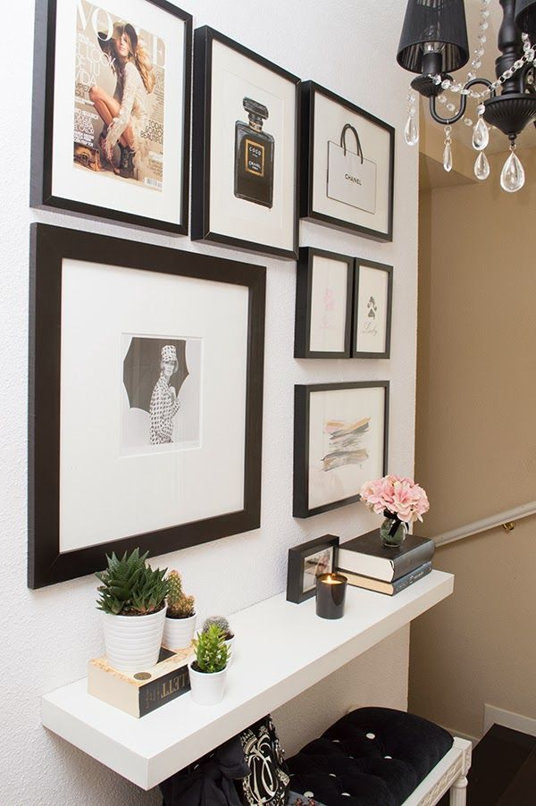 gallery wall // black frames // black vs white // entry way console
