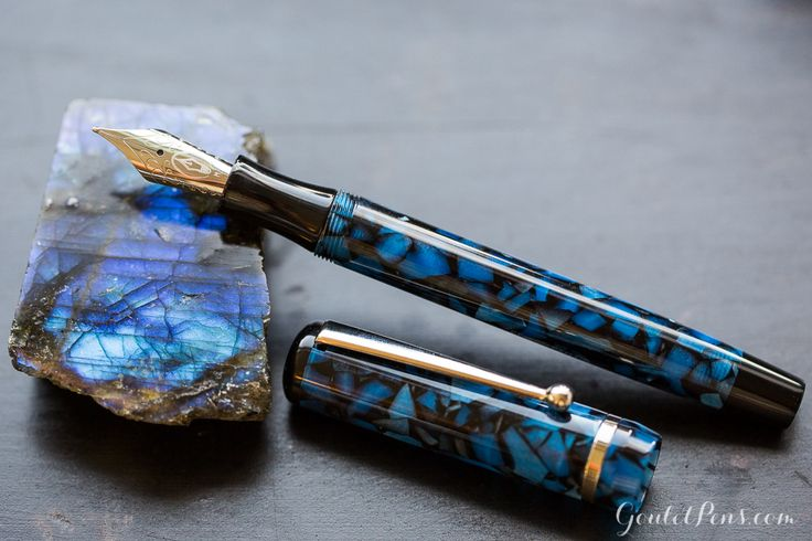 Edison Beaumont fountain pen in Sapphire Flake