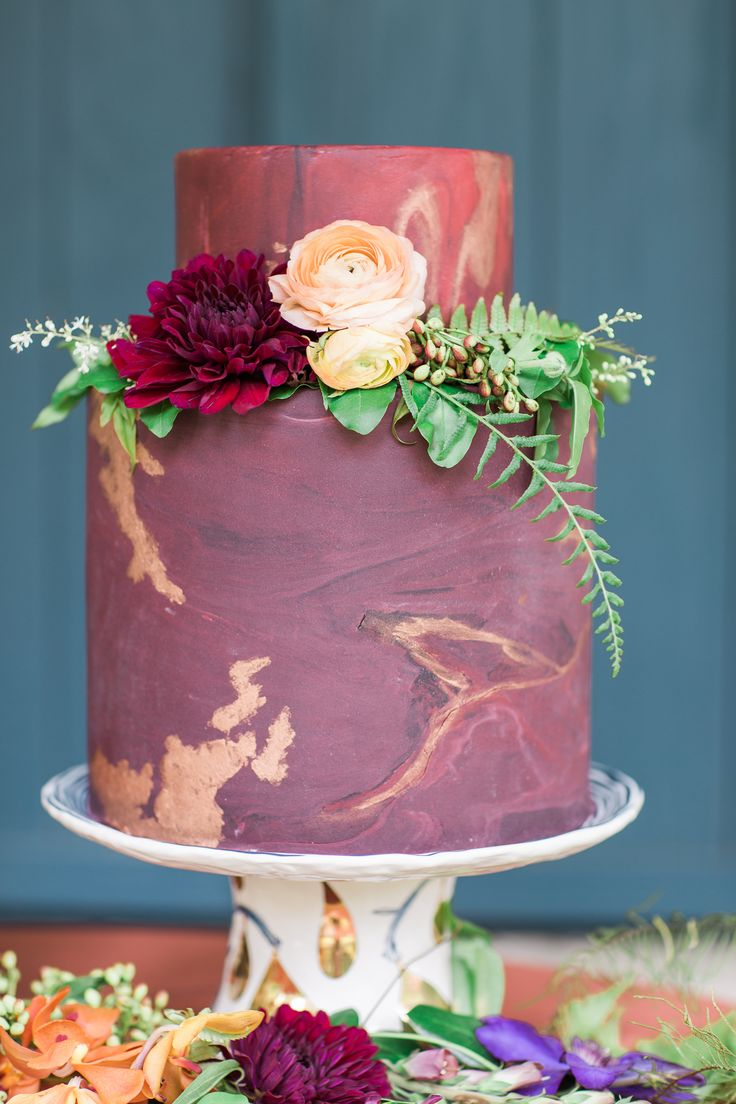 burgundy and copper wedding cake - http://ruffledblog.com/rich-southern-jewels-wedding-inspiration