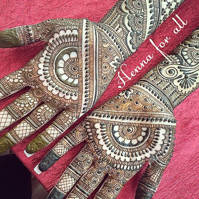 Bridal henna for ramandeep !!! #hennabodyart #hennaforall #hennaforallny #hennadesign #bridalhenna #bridalmenhdi #bodyart #weddinghenna #weddingmenhdi #nychenna #nywedding #njhenna #njwedding #naturalbodyart #intricate #details #balrupwedsraman #ramanwedsbalrup
