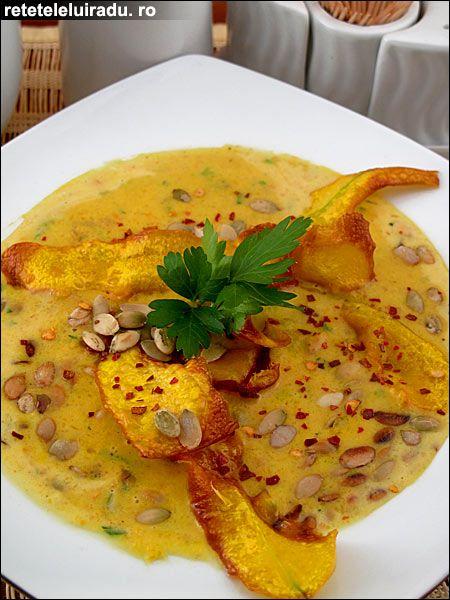 Pumpkin and garlic soup (recipe in Romanian) /Supa-crema de dovleac cu usturoi