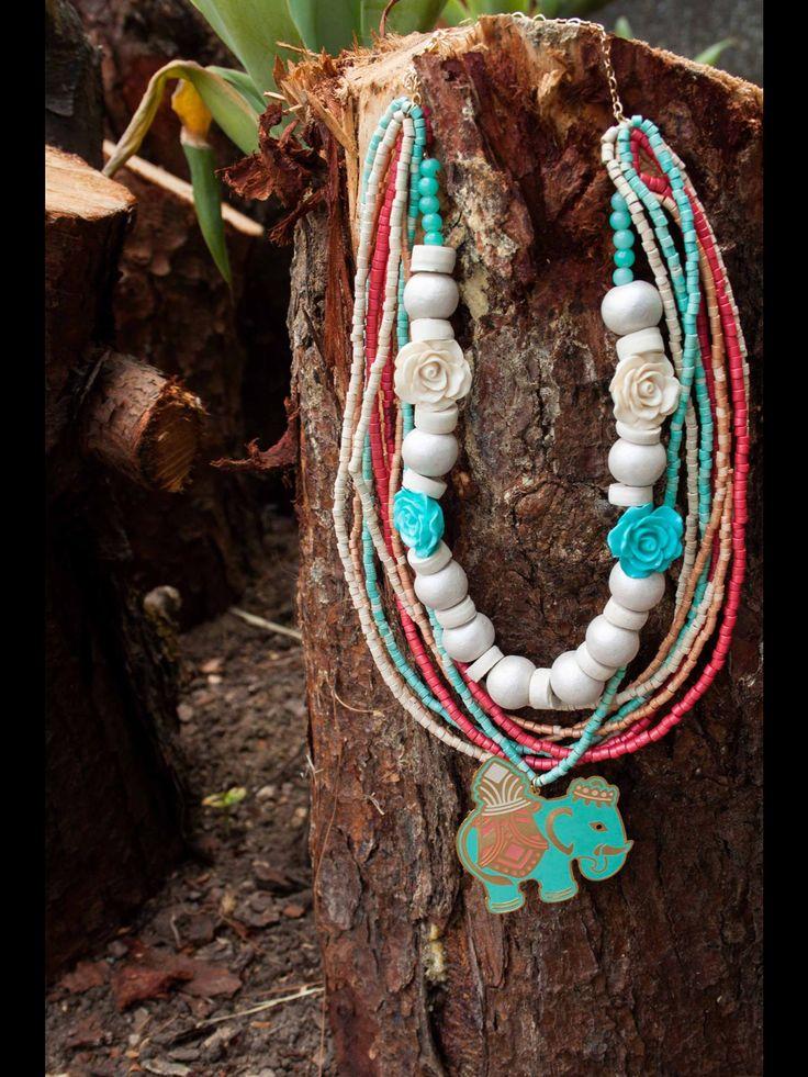 #collar #necklace #cerámica #ceramic #handmade #hechoamano @masiasimonetta en Facebook y en instagram