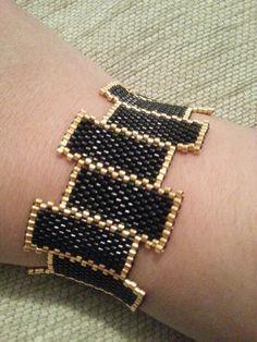 https://www.google.ro/search?q=Bracelet miyuki delicas et macramé tuto