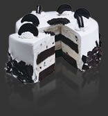 """""""Cookies and Creamery"""" Cake from Cold Stone Creamery:  Devil's food cake, vanilla ice cream and Oreo cookies.  Time to make a knock-off!"""