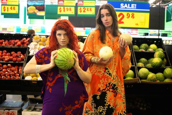 Shake your melons in a caftan, y'all | The Good Eye: Settlers of Caftan | The Austin Chronicle