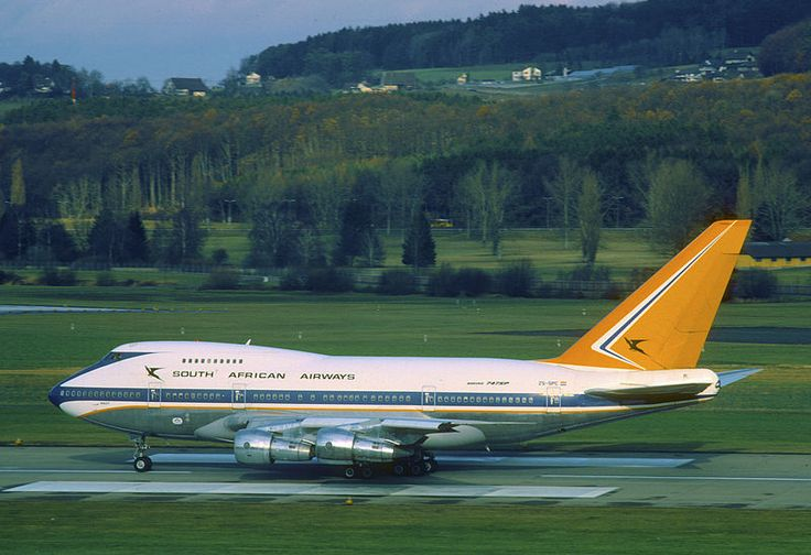 South African Airways Boeing 747SP-44 ZS-SPC at Zürich-Kloten, January 1984. (Photo via Flickr: Aero Icarus)