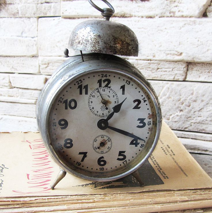 Antique German alarm clock Junghans, Vintage alarm clock, Working , Antique alarm clock-1920, Retro mechanical clock,Old clock,Collectibles by ANTIQUEcountry on Etsy https://www.etsy.com/listing/252105818/antique-german-alarm-clock-junghans