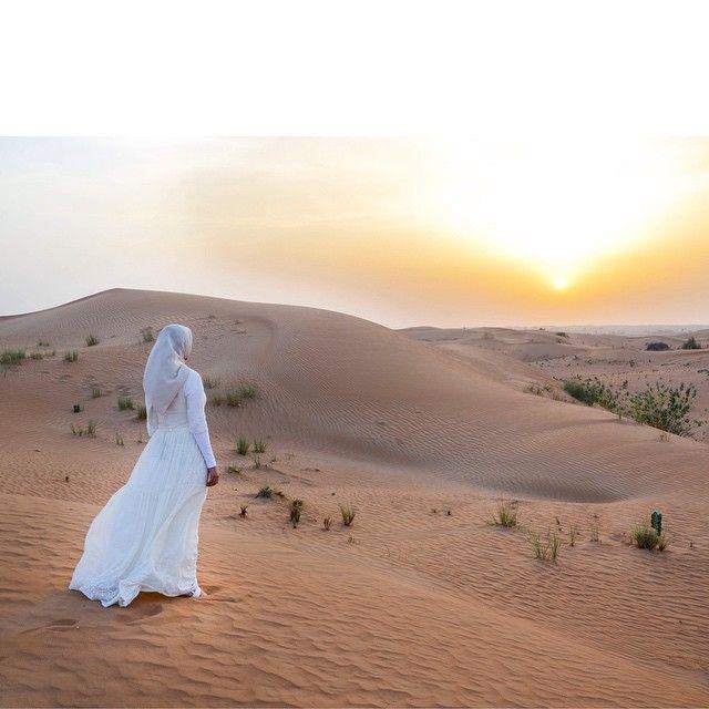 Картинки восточная девушка в пустыне