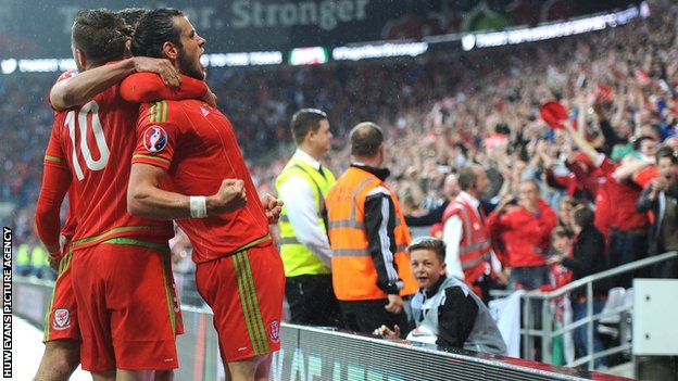Football Association of Wales oversubscribed for Euro 2016 tickets