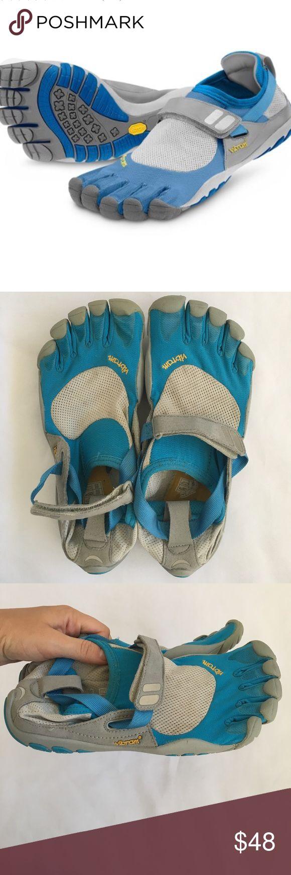 Vibram Five Fingers Toe Shoes sz 39 7.5 / 8 Excellent like new condition Vibram Five Fingers Performance Shoes Velcro Reglective Straps with Silver & Blue Mesh Ladies Size 39 Nike Shoes Athletic Shoes