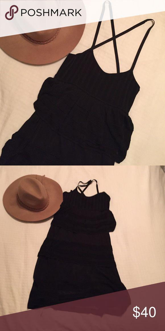 Bebe Black ruffle tier dress ✔️ Perfect flirty black dress bebe Dresses