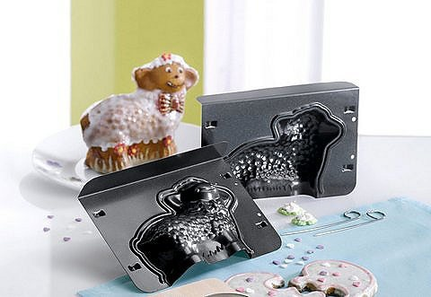 Lotti l'agnellina, stampo tridimensionale  per creare con facilità dolci a forma di pecorella