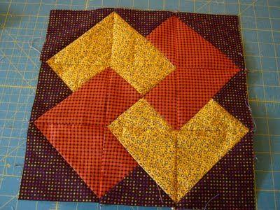 Card Trick block  http://lovelaughquilt.blogspot.com/2011/09/my-simple-card-trick.html