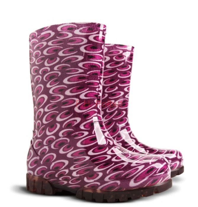#Twister #O - #PVC #wellies from #Poland !, try new #printed #patterns. Great for #work in #rainy #days ! and #available in #size from 4 to 9. Model for #Girls and #Boys
