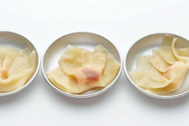 <3>ワンタンの皮で:モチとたらこ - 巻いて、包んで。小さなおつまみ - 朝日新聞デジタル&w