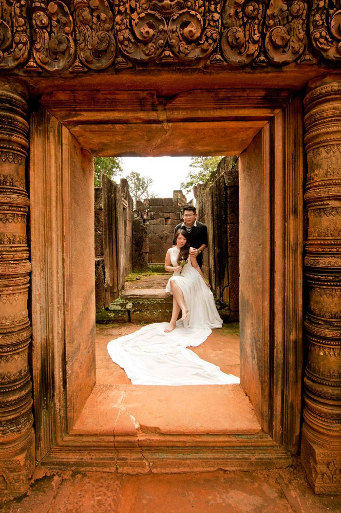 How To Shoot Your Own Bridal Portraits - The Wedding Notebook