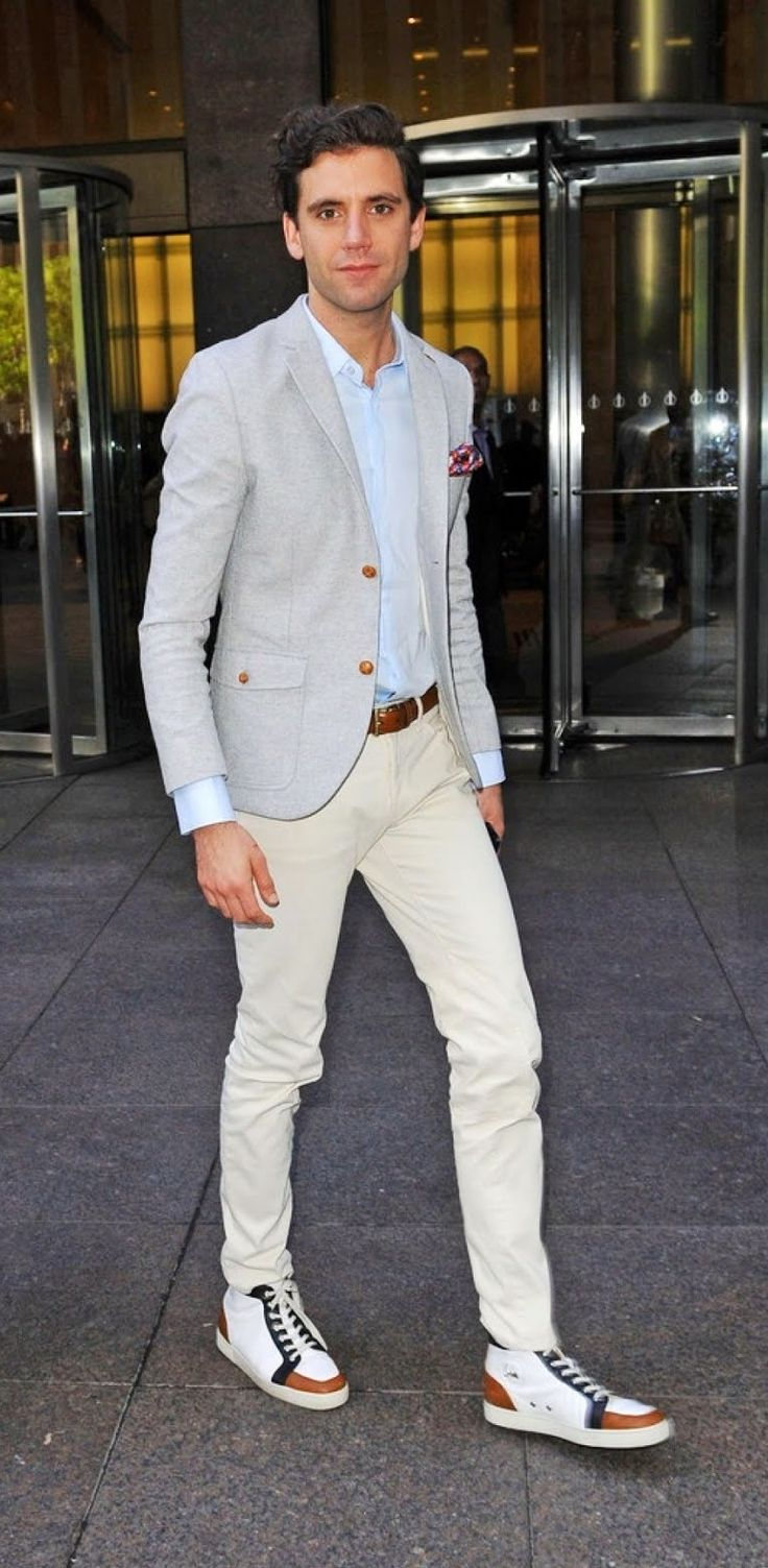Sirius XM Studios in New York City, October 16, 2012. His clothes! Are amazing! :) :)