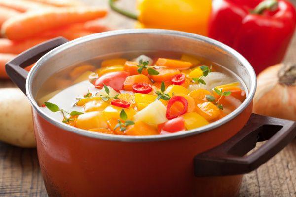 La meilleure des soupes aux légumes d'automne (réconfortante)