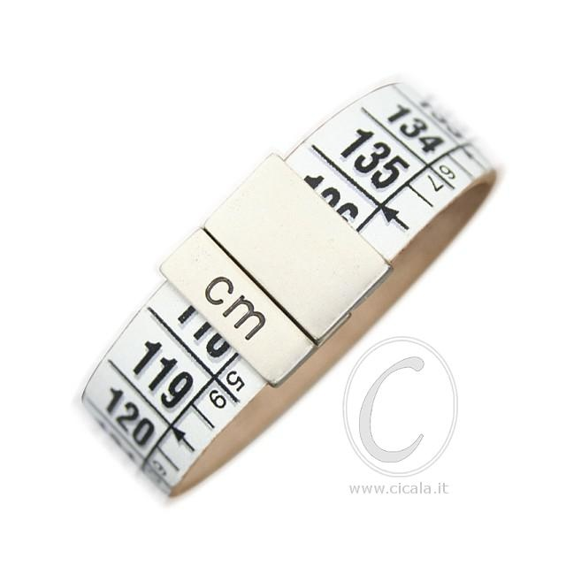 Brand: Il Centimetro. Design: centimeter bracelet - Arctic white color - in leather with magnet closure! Italian Design. €25,00 on www.cicala.it - Register for discount!