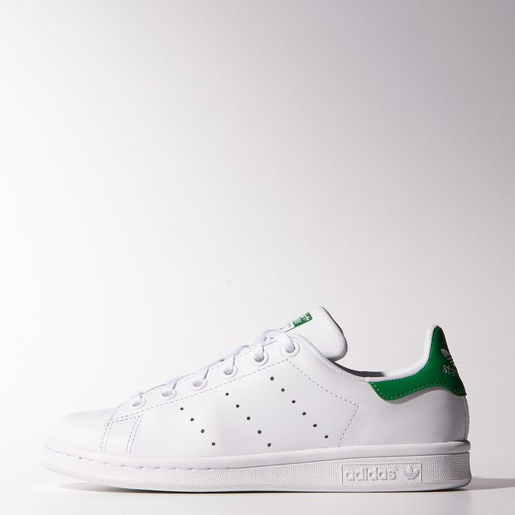Stepping into a pair of Stan Smiths is a rite of passage. These junior shoes take the iconic style and work in a full grain leather upper with a soft moisture-wicking lining. * AM Blog owned 011715 - MS