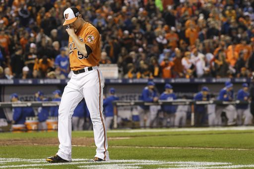 Baltimore Orioles relief pitcher Zach Britton walks to the dugout following the third out in the nin... - AP Photo/Patrick Semansky