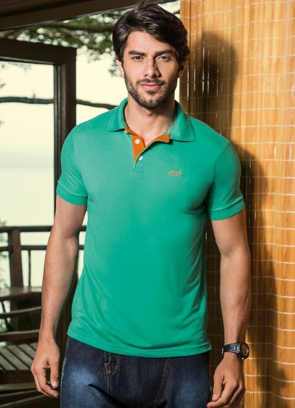 Camisa Polo com Peitilho Contrastante Verde R$ 49,99