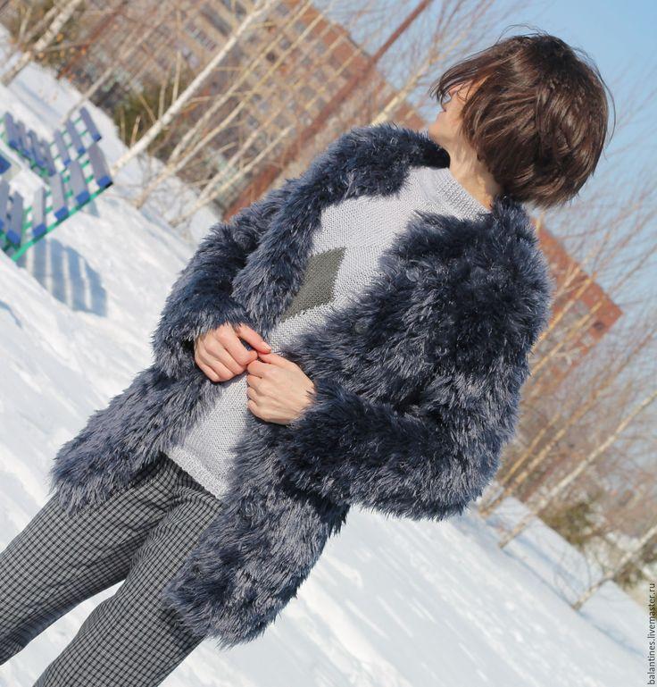 Купить Пальто-кардиган Меховой вязаный из фасонной пряжи ручной работы - темно-серый