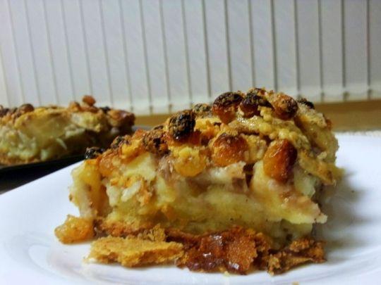 Бон Апети Лесен сладкиш с бисквити, ябълки и банани