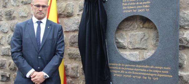El govern descobreix una placa a Mauthausen en record de 'totes les víctimes' del nazisme | VilaWeb