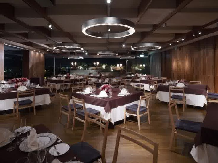 Luxury Asian Restaurant Interior Design in Modern Decorating Style: Stunning Asian Restaurant Interior Design Decorated With Beautiful Traditional Furniture Sets Made From Wooden Material With Circle Ceiling Lighting Furniture Ideas For Home Design Inspiration