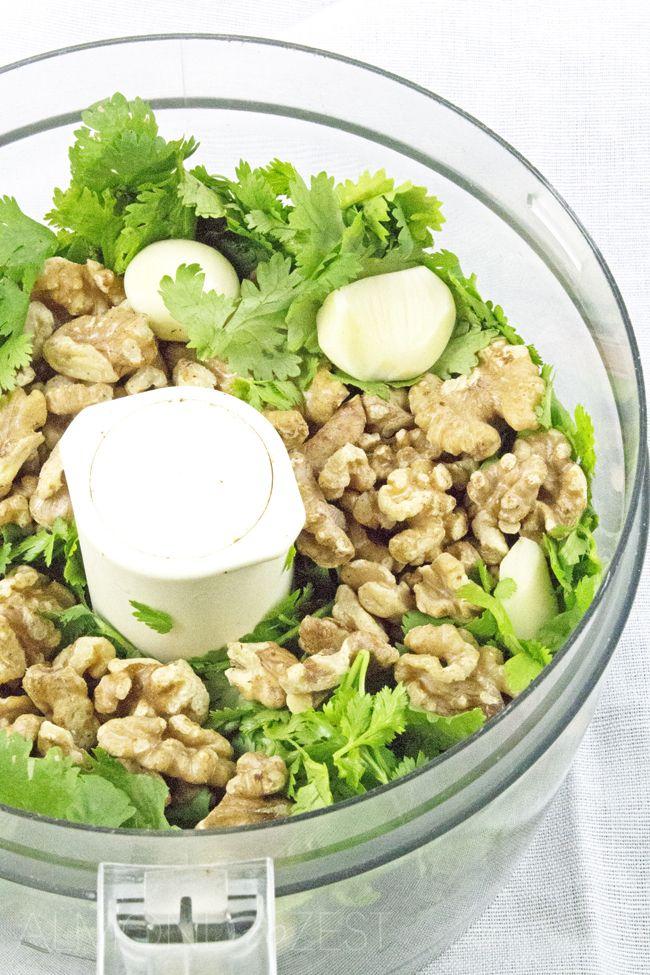 How To Make Cilantro Pesto - The perfect quick and easy homemade cilantro pesto…
