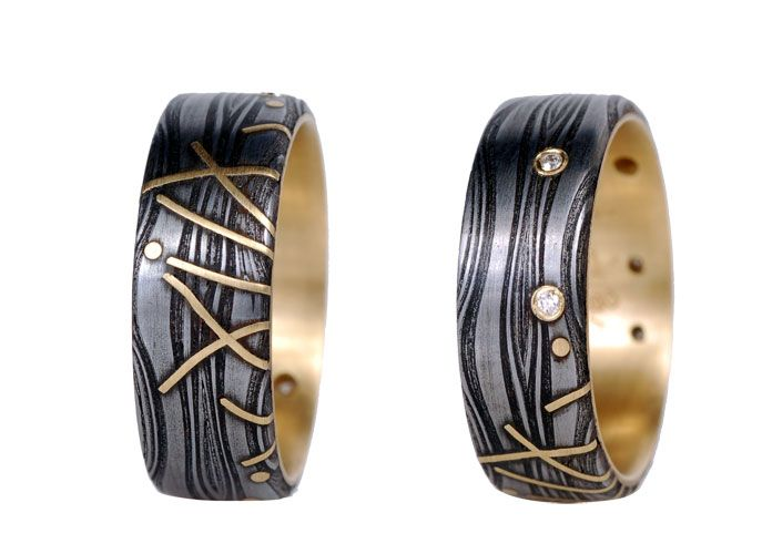 victoria moore's damascus steel jewelry - uses pattern welding to create the wavy patterns
