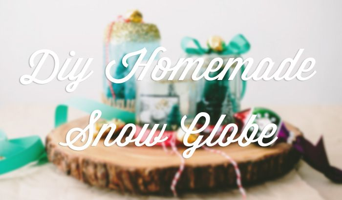 Check out this DIY Homemade Snow Globe inspired by the #Ziploc #HolidayCollection.