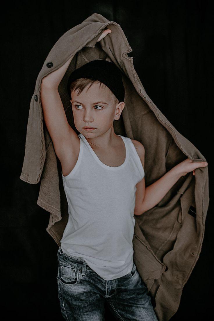 Arseniy - childen photo, indoor