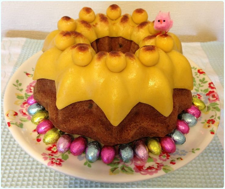 Easter Simnel Bundt Cake Traditional Easter Desserts from Around ...