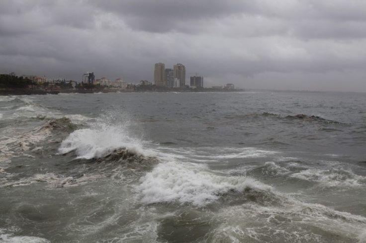 Tormenta Gonzalo se dirige a las Islas Vírgenes y Puerto Rico - http://notimundo.com.mx/mundo/tormenta-gonzalo-se-dirige-a-las-islas-virgenes-y-puerto-rico/19147