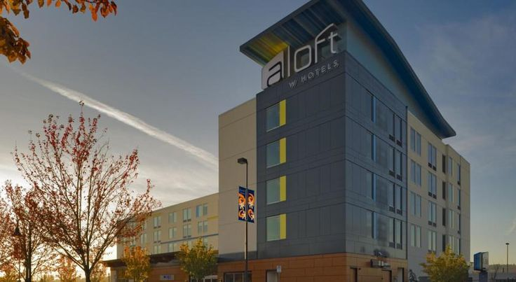 Aloft Portland Airport Hotel at Cascade Station Portland This Portland, Oregon hotel is minutes from Portland International Airport and the MAX Light Rail. The hotel offers a 24-hour indoor pool and modern guest rooms with 42-inch flat-screen TVs.