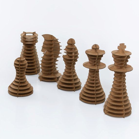 Carton Chess Piece Bundle Brown par CardboardSafari sur Etsy