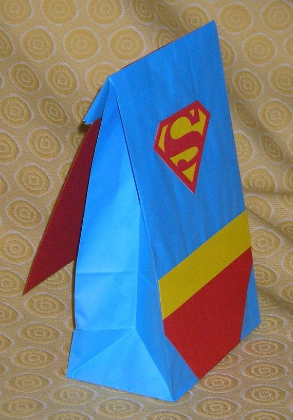 cute thank you bags for the end of the birthday party the cape is just a thanks you card(: