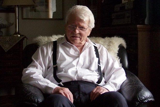 Szabó Gyula csodálatos, bársonyosan zengő hangján hallgatva páratlan élmény! Nyugodjon békében!